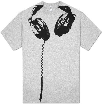 skull headphones tshirt